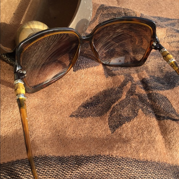 0a747cf4253 Gucci Accessories - Auth Gucci Bamboo Tortoise Shades